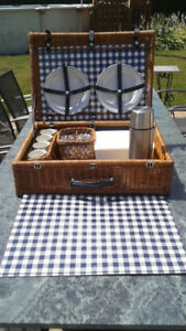 Extra large Picnic Basket / Paniers pique-nique **4 person**