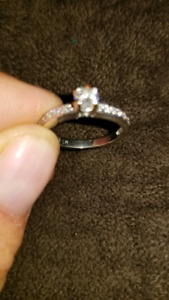 Size 6, 14k white gold ladies Engagement ring