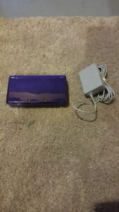 PURPLE NINTENDO 3DS INCLUDES PEN AND CHARGER