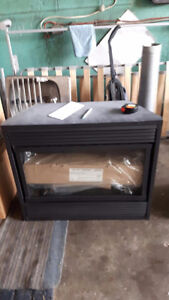MAJESTIC SMALL GAS FIREPLACE NEW NEVER INSTALLED Kitchener / Waterloo Kitchener Area image 2