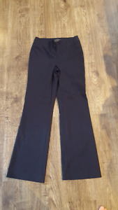 Expensive Le Chateau womens Navy dress pants