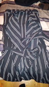 Forever 21 Tag Still on - Long striped no sleeve cardigan