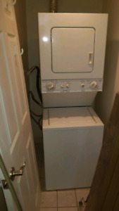 Kenmore 24 inch stackable 2 in 1 washer dryer