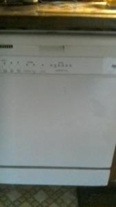 Dishwasher - Inglis