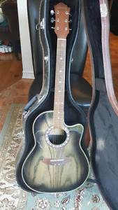 Electric aquistic guitar with case