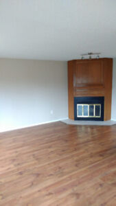 Large Forest Grove Duplex