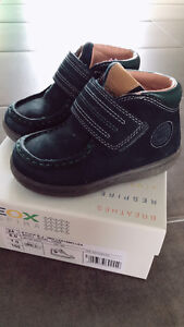 Toddlers shoes size 8