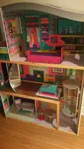 Imaginarium My Very Own Dollhouse Buy Or Sell Toys Games In Ontario Kijiji Classifieds