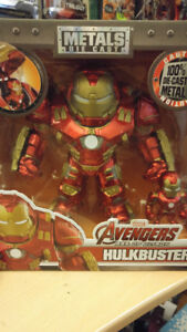 Jada Toys Metals Die Cast Hulkbuster and Mini Iron Man for Sale!