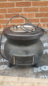 FOR SALE Black Stainless Colonial Kettle Soup Warmer