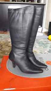 Womens Black Boots
