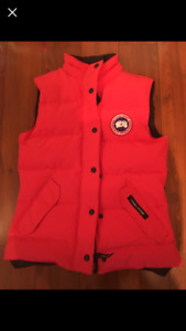 Women's red Canada Goose Vest