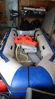 Zodiac, Yamaha Motor, paddles, seats, life vests, fuel tanks