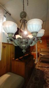 Bel ensemble de luminaires style ancien