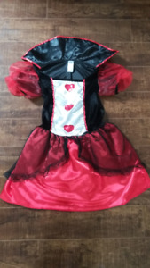 Queen of Hearts from Alice in Wonderland in size 12-14