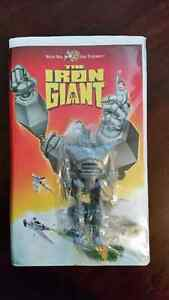 Iron Giant clamshell with rare 4.25 inch promo figure