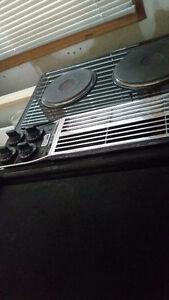 Older electric Jenn Air Cooktop with Gridle option London Ontario image 1