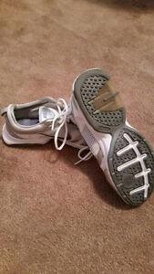 Nike Air Ladies Running Shoes Oakville / Halton Region Toronto (GTA) image 4