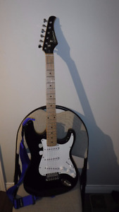 Silvertone SS10 Electric Guitar Great Shape and all Setup
