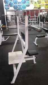 Hammer Strength Flat, Incline, Decline Olympic benches Kitchener / Waterloo Kitchener Area image 5