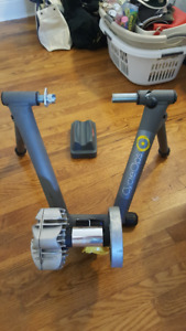CycleOps Bicycle Trainer