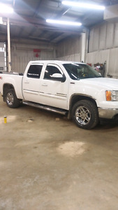 2009 GMC Sierra SLT All Terrain