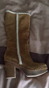 NEW (never worn) brown heeled boots size 10