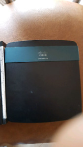 Cisco Linksys EA2700 Wifi Router