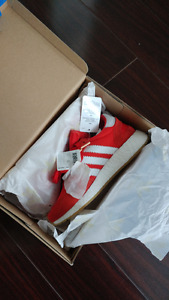 brand new red adidas iniki men size 5 = women size 6.5