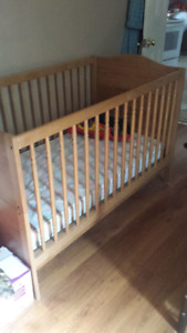 Crib/toddlers bed