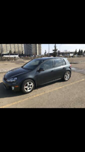 2010 Volkswagen Golf GTI. 5dr, heated seats, remote start.