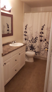 Location! Location! 2 bedroom in NW FULLY FENCED
