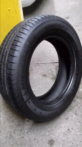 4 pneus d'été Michelin énergy  saver 225/65R17
