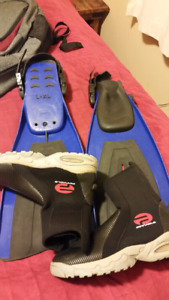 Size L / XL boots and fins