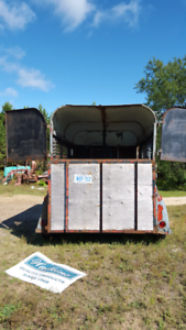 SOLD PENDING PICK UP - 2 horse trailer in need of TLC