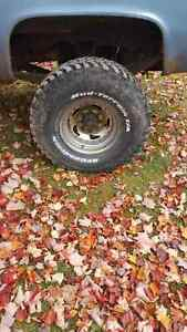 35 12.5 16.5 6 tires all together