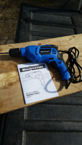 LIKE NEW MASTERCRAFT 3/8 KEYLESS CHUCK DRILL-REVERSIBLE