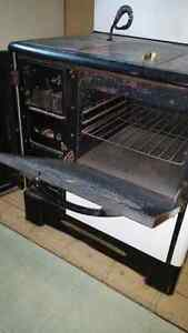 L'Islet Wood Burning Stove *Price Drop* West Island Greater Montréal image 8