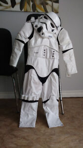 15 different boys & girls kids costumes sizes 3-12 + accessories