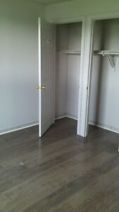 2 bedroom apartment, 20 minutes north of London $675+hydro London Ontario image 3