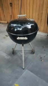 Weber Kettle 22 in BBQ with Cover