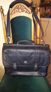 Bugatti  15'' Briefcase with laptop compartment and deluxe media