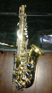Selmer AS 300 Alto Saxophone