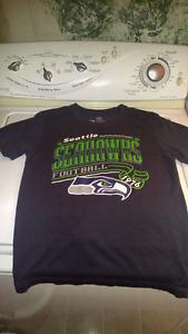 Boys Seattle Seahawks T-Shirt Size Large -St. Thomas