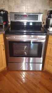 LG Stainless Steel Electric Stove with convection oven London Ontario image 1