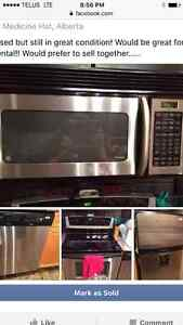 Set of 4 stainless appliances
