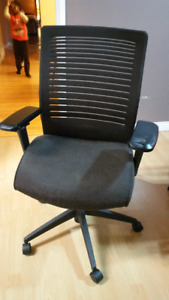 15 Mid-Back Mesh Work Chair
