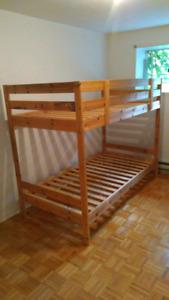 Lits simples superposses/ Bunk bed