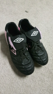 Umbro Women's Football Cleats