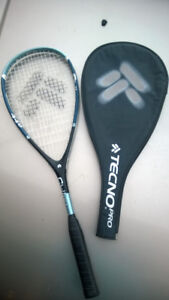Tecno Pro Challenge 440 Squash Racquet  in great shape!!!